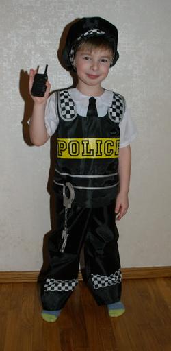 Как сшить костюм полицейского для мальчика своими руками 67